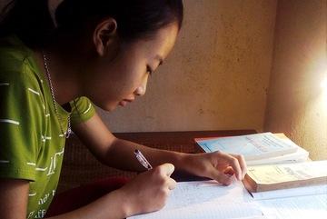 Trường ĐH Bách khoa HN dành học bổng cho nữ sinh tiếp ước mơ đại học
