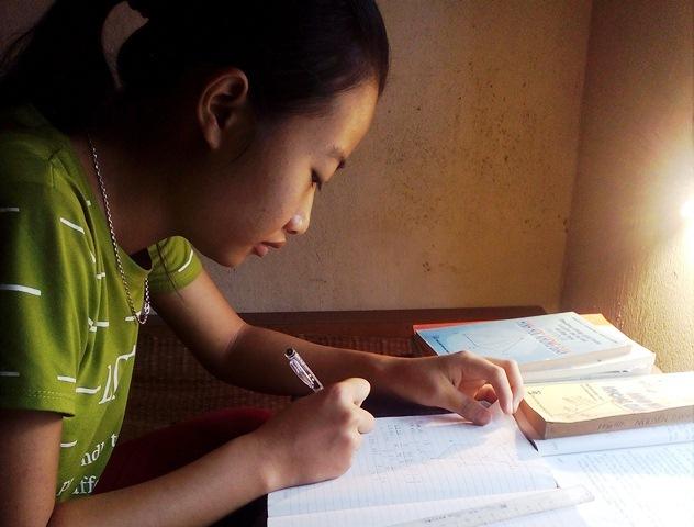 Đạt 24 điểm, nữ sinh có nguy cơ bỏ ước mơ vào đại học