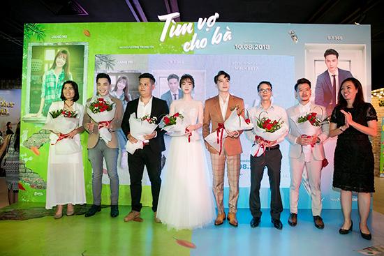 Tìm Vợ Cho Bà do đạo diễn Tín Lương chỉ đạo khởi chiếu vào ngày 10/8/2018.