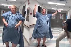 """Đau đẻ 30 tiếng, mẹ bầu 40 tuần rủ cả chồng và y tá """"quẩy"""" cực sung"""