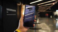 Clip mở hộp và trên tay smartphone Galaxy Note 9 vừa ra mắt