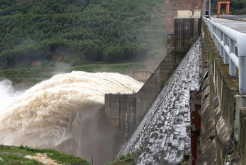 Quảng Nam họp khẩn ứng phó mưa lũ 2018