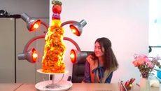 'Thánh ăn công sở' khiến đồng nghiệp 'chảy nước miếng' với đại tiệc nướng