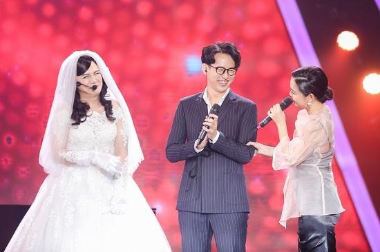 Duy Khánh mặc váy cưới hóa Phạm Quỳnh Anh phiên bản 'lầy lội'