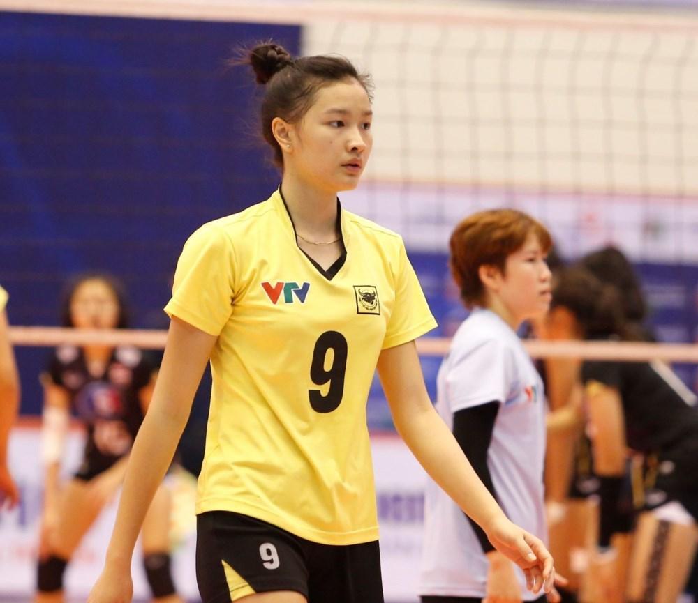 Hoa khôi bóng chuyền Kim Thanh: 9X không son phấn