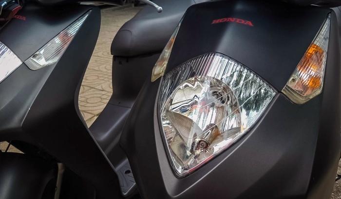 Honda Dylan 150 chưa lăn bánh có giá bán đắt gấp 2 lần SH150i