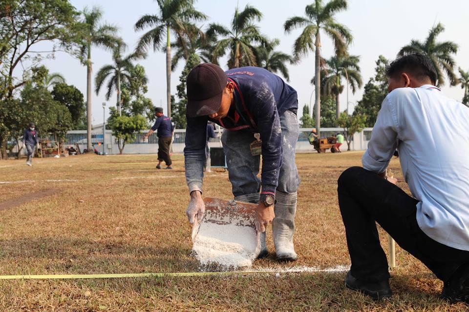 Ngao ngán U23 Việt Nam phải tập trên sân như mặt ruộng