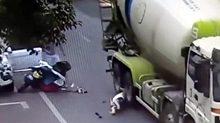 Pha thoát chết thần kỳ khi bị xe trộn bê tông nghiến qua đầu