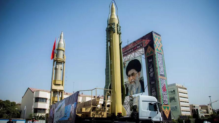Thế giới 24h: Iran 'khoe' dàn tên lửa mới dằn mặt Mỹ