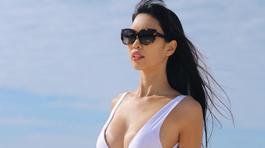 Siêu mẫu Hà Anh khoe thân hình không thể tin nổi vài tháng sau sinh