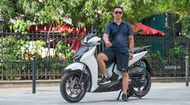 """Honda SH300i độ """"khủng"""" có giá trị gần 500 triệu tại Hà Nội"""