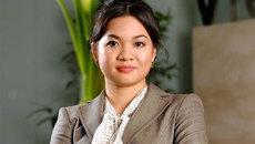 Bán rẻ cổ phiếu, bà Nguyễn Thanh Phượng đang toan tính điều gì
