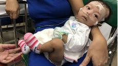 Làm đủ xét nghiệm tìm ra căn bệnh khiến bé 2 tháng ói dịch vàng lần đầu gặp ở VN