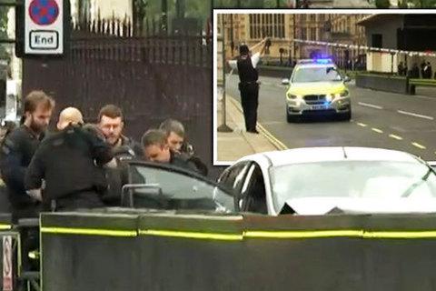 Đâm xe như khủng bố bên ngoài Quốc hội Anh
