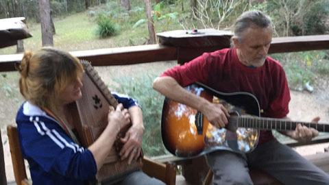 Tiếng hát giữa rừng sâu