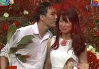 Cặp đôi 'dễ dãi' khiến MC Quyền Linh liên tục nhắc nhở