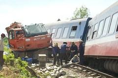 Tai nạn đường sắt liên tiếp: Bộ trưởng phát công văn khẩn