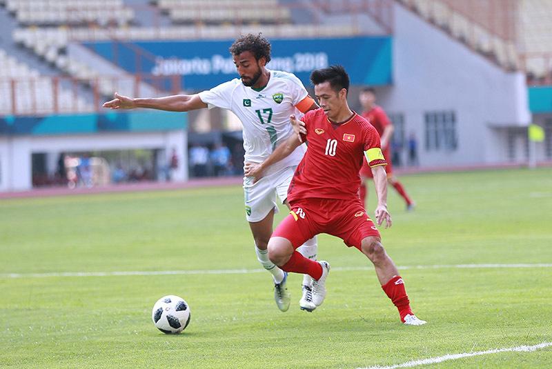 Việt Nam mơ vàng AFF Cup: Người Thái thế, thầy Park tính thế nào?