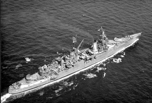Thảm kịch nơi hàm cá mập của chiến hạm Mỹ chở bom nguyên tử