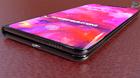 iPhone X Flex đẹp mê hồn, iFan lại phát cuồng vì Táo khuyết