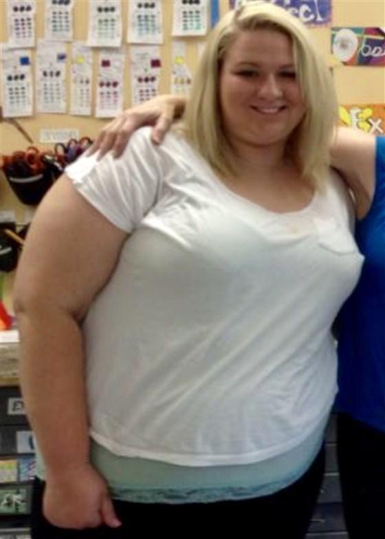 Bị chê cười vì béo, cô gái giảm liền 90kg, lột xác thành hot girl nóng bỏng