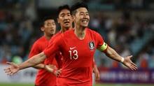 """Phô diễn sức mạnh, U23 Hàn Quốc """"đánh tennis"""" với Bahrain"""
