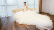 Bạn gái Công Lý đi chụp ảnh cô dâu một mình