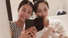 """Hoa hậu Đặng Thu Thảo bị bạn thân Ngọc Hân cho """"hiện nguyện hình"""" bà mẹ bỉm sữa"""
