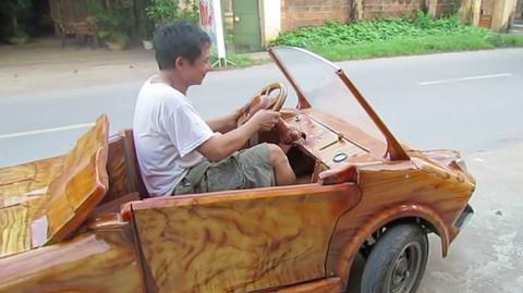 'Siêu xe' Lamborghini bằng gỗ gây xôn xao