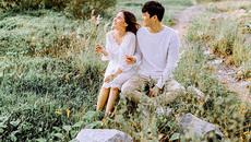 Chú rể tâm sự với cô dâu bằng bài hát tự sáng tác trong ngày cưới