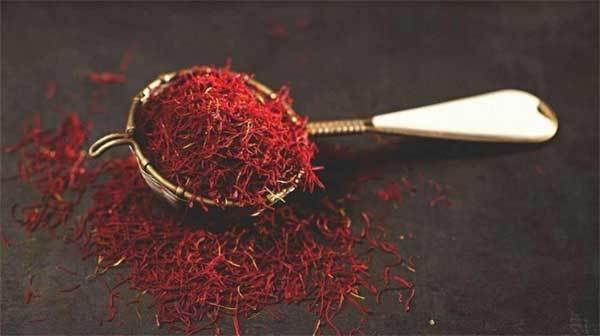 Chuyên gia bật mí cách phân biệt nhụy hoa nghệ tây Saffron