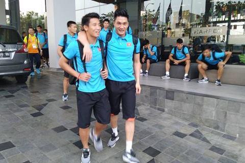 U23 Việt Nam đến sân chuẩn bị cho trận gặp U23 Nepal