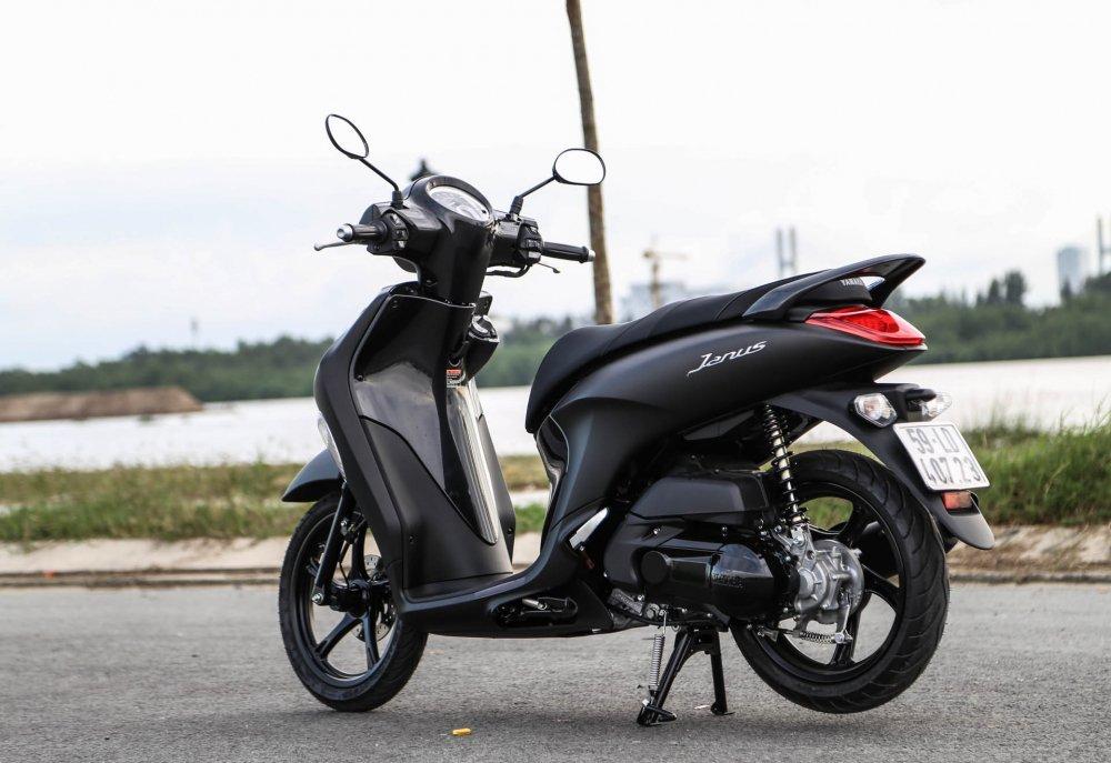 Những mẫu xe máy nên mua ngay trong tháng cô hồn bởi giá hấp dẫn