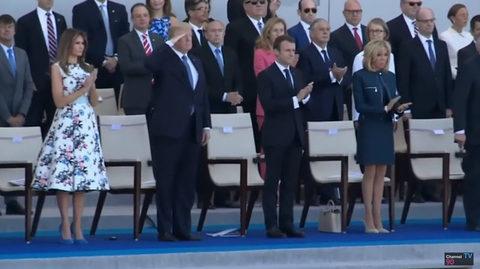 Clip ông Trump dự lễ diễu binh Ngày Quốc khánh Pháp tháng 7/2017