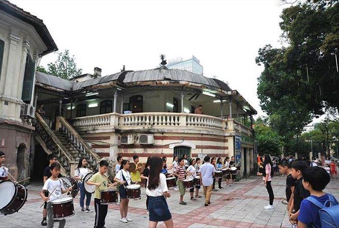 Cung thiếu nhi Hà Nội,Hà Nội,Nhà văn hóa quận,Sinh hoạt hè,Kiến trúc Pháp