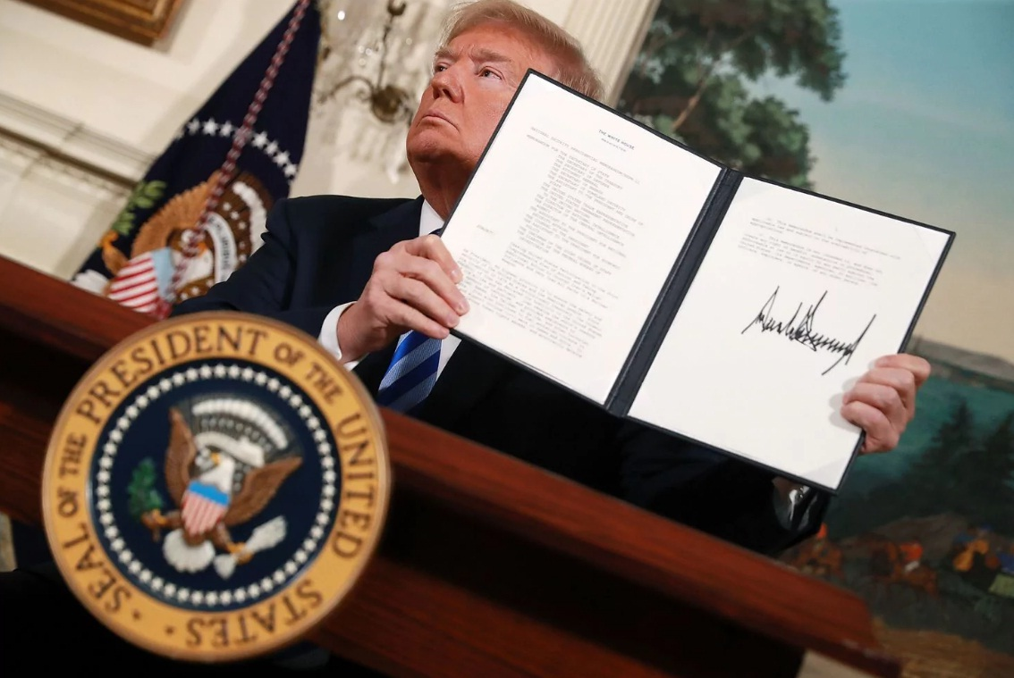 'Nghiện' trừng phạt, Mỹ có thể phải trả giá?