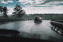 5 lưu ý cần nhớ khi lái xe trong mùa mưa