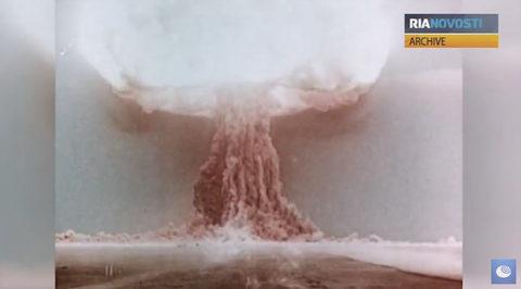 Liên Xô tiết lộ thử bom khinh khí
