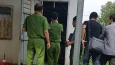 Vụ 3 người chết trong 1 nhà: Nghi can tự đâm mình sau khi sát hại vợ, con