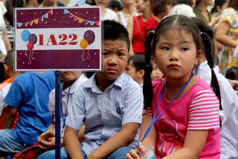 Trường tiểu học chật vật tìm cách giảm tải 60 học sinh/lớp