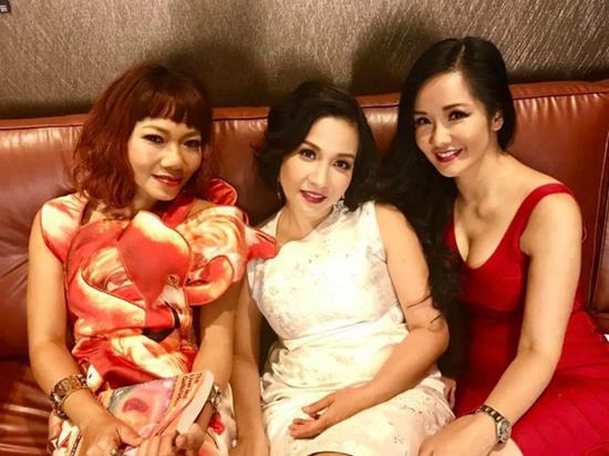 Mỹ Linh, Hồng Nhung phản ứng khi bị nghệ sĩ gạo cội chê bai