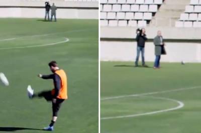 """Xem pha """"xâu kim"""" không tưởng của Messi"""