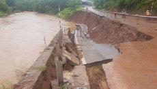 Sạt ta luy âm ở Sơn La, nguy cơ đứt quốc lộ 6