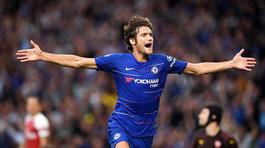Chelsea đánh gục Arsenal sau màn rượt đuổi ngoạn mục