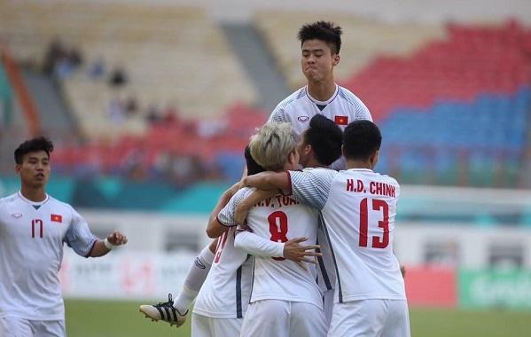 Người Thái xấu hổ đội nhà, ngưỡng mộ U23 Việt Nam