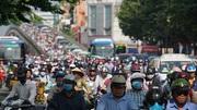 Giao thông Sài Gòn 'nhích từng mét' ngày đầu tuần