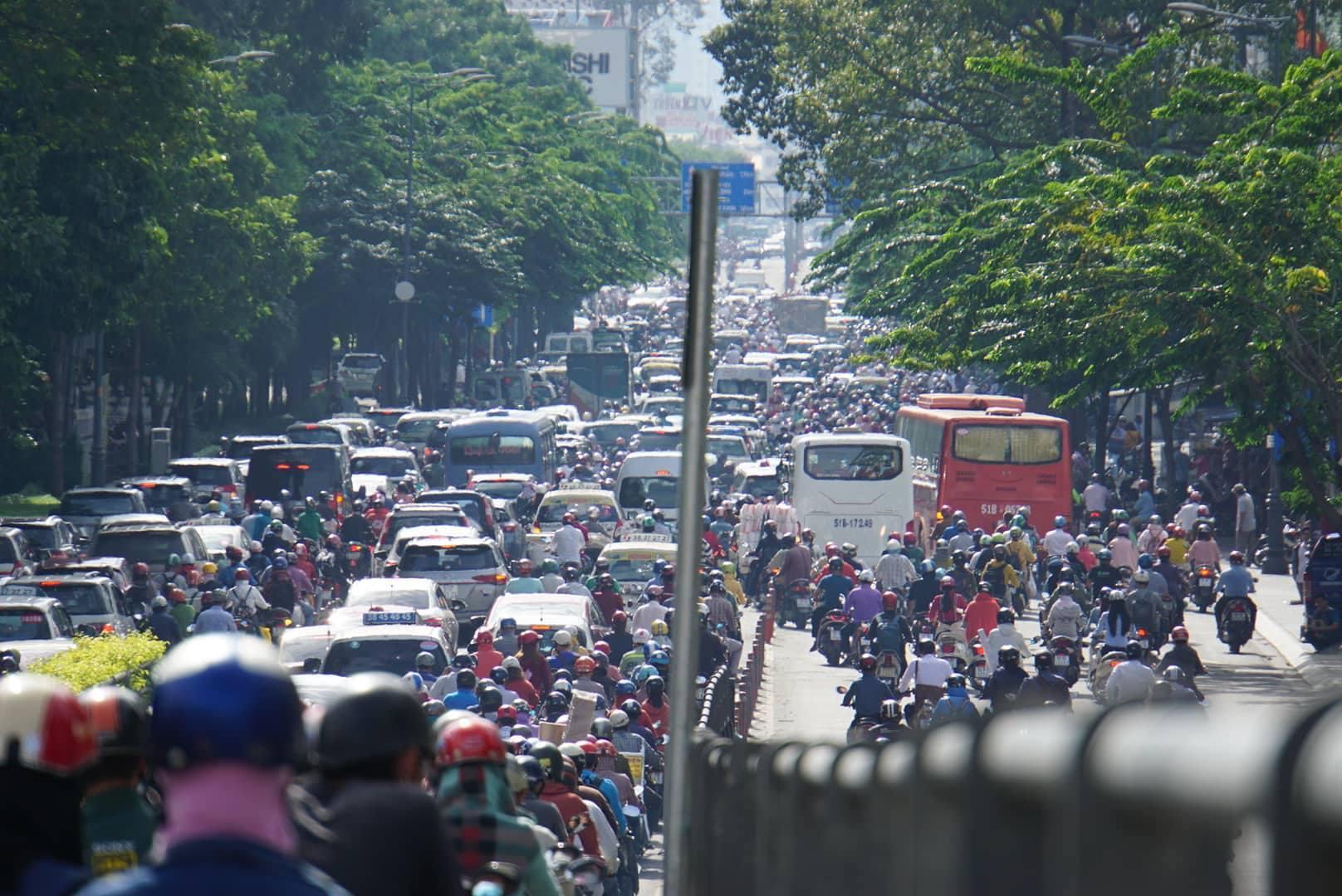 kẹt xe,sài gòn,ùn tắc giao thông
