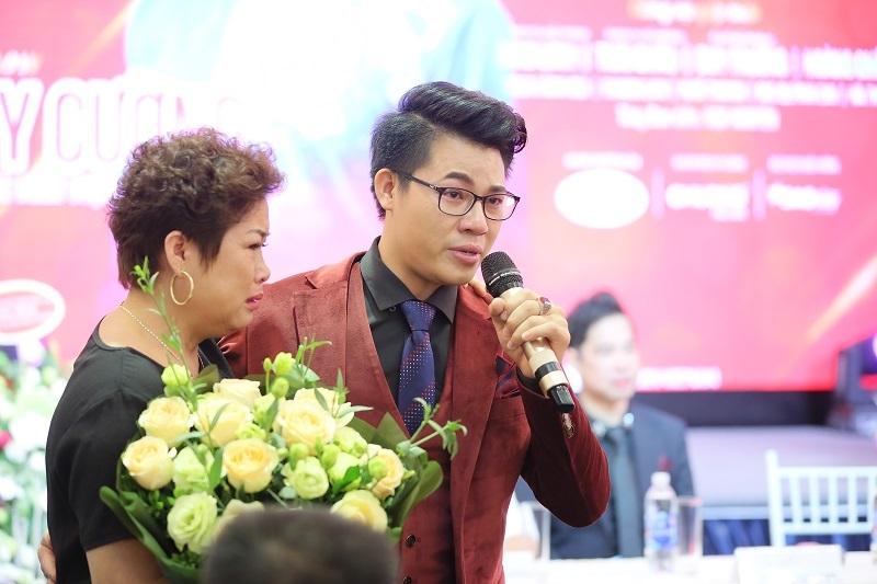 Ngọc Sơn hỗ trợ 'truyền nhân' làm liveshow đầu đời