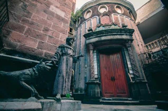 nhà bỏ hoang,nhà ma ám,Mexico