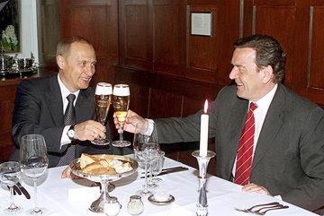 Putin lại dự đám cưới tiếp?